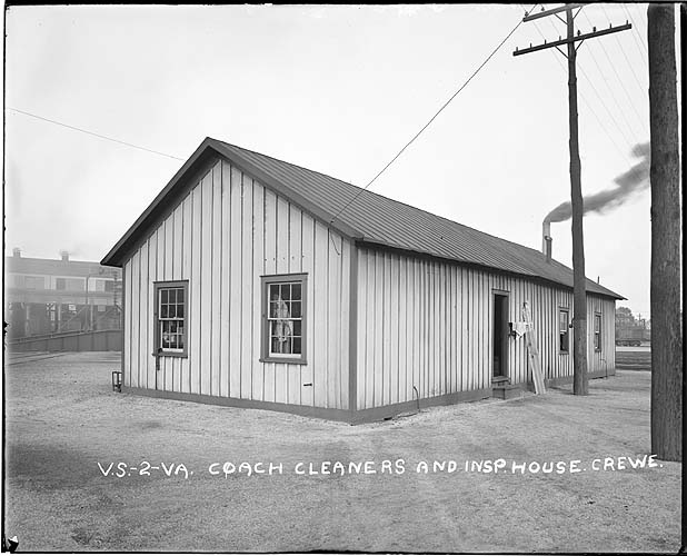Coach cleaners' and inspectors' house, Crewe, Virginia; Norfolk District
