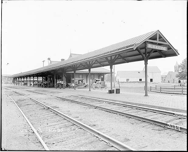 Passenger station, Blackstone, Virginia; Norfolk District